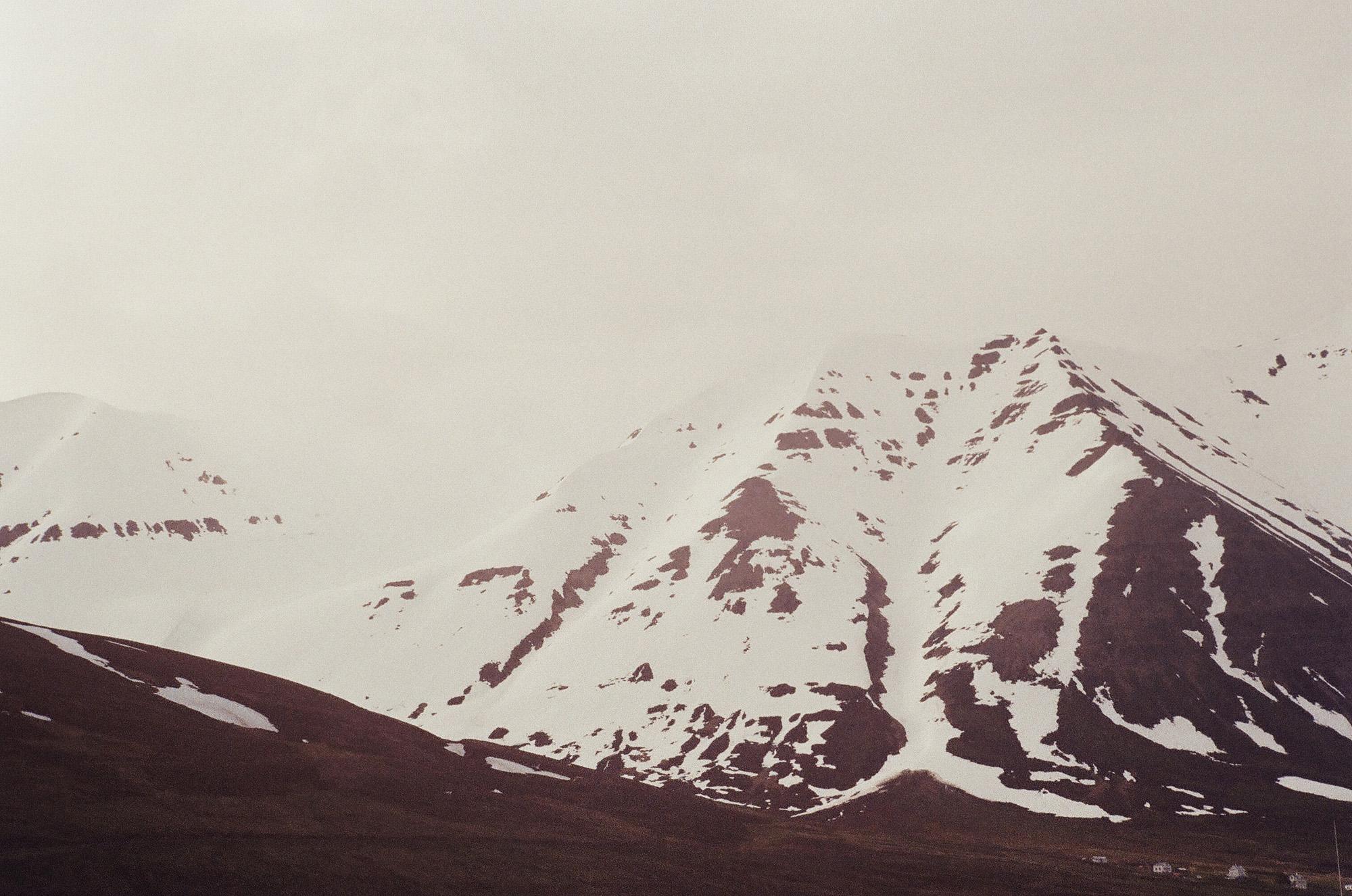 Olafsfjordur-mountain2000